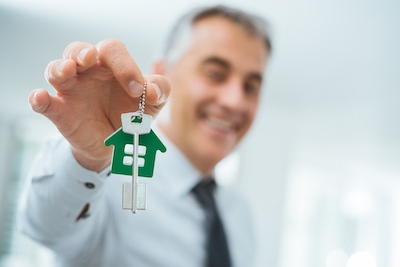 What A Mortgage Broker Does